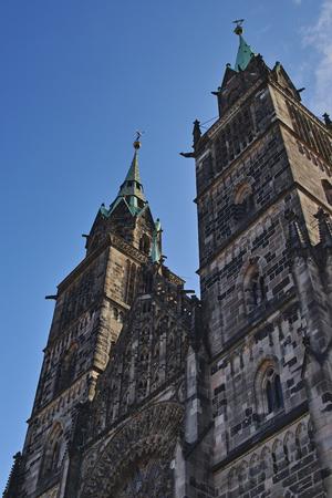 Norimberga, facciata della Chiesa di San Lorenzo