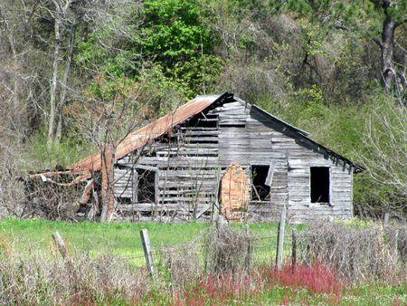 old worn down house Stok Fotoğraf