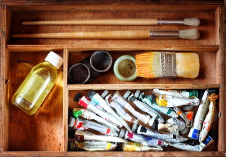 paint box: painter wooden case with used oil tubes and brushes