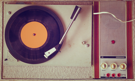 top view of old record player, image is retro filtered 스톡 콘텐츠