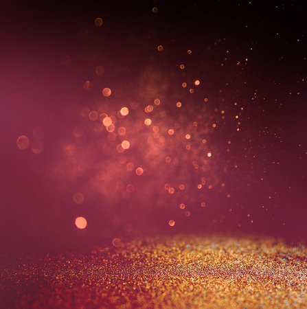polvo: brillar las luces de fondo de la vendimia. oro, rojo y p�rpura. desenfocado