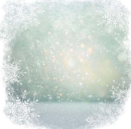 navidad elegante: blanco y plata luces bokeh abstractos. fondo desenfocado con superposición de copo de nieve Foto de archivo