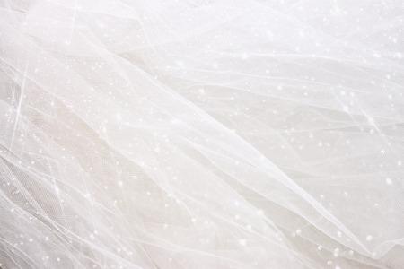 반짝이 오버레이 빈티지 얇은 명주 그물 쉬폰 질감 배경입니다. 결혼식 개념
