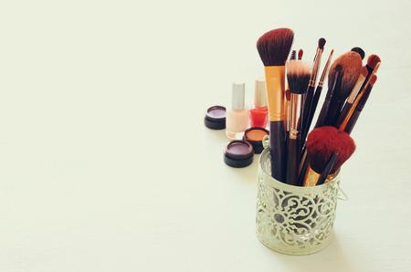 filtered: Vintage Maquillaje conjunto. filtrada imagen.