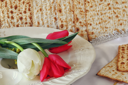 pesah: Pesah celebration concept (jewish Passover holiday) with wine and traditional plate