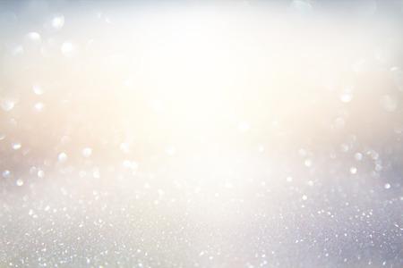 staub: glitter Hintergrund Jahrgang Lichter. Gold, Silber, Blau und Weiß. de-fokussiert. Lizenzfreie Bilder
