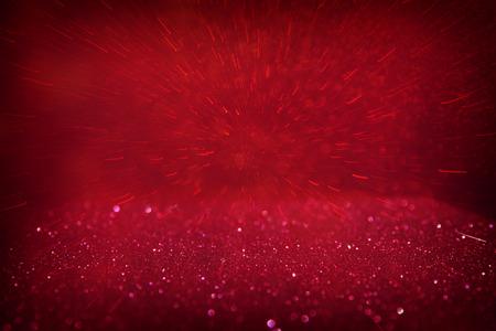 fondo rojo: roja del brillo luminoso de la vendimia de fondo. desenfocado