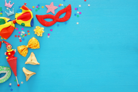 Purim celebration concept (jewish carnival holiday). Top view Standard-Bild