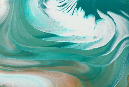 photographie d'art de fond abstrait effet marbré. couleurs créatives turquoise, vert émeraude, blanc et or. Belle peinture