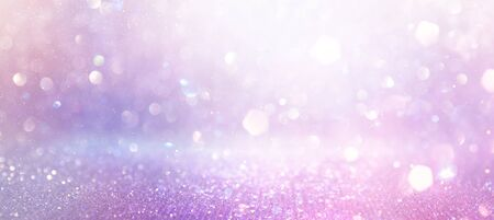 astratto glitter rosa, viola e oro sfondo di luci. de-focalizzato. striscione Archivio Fotografico