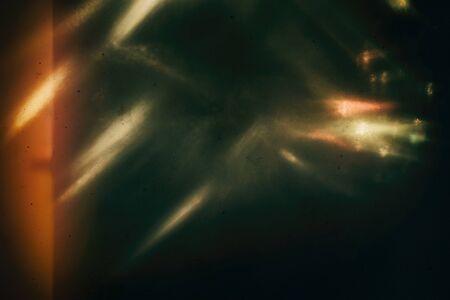 Hintergrund des Retro-Films übermäßig, Bild mit Kratzer, Staub und Lichtlecks Standard-Bild