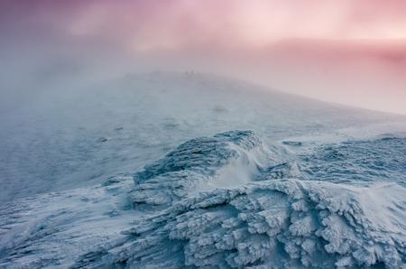 Winter sunrise landscape - snow pattern created by the wind 版權商用圖片