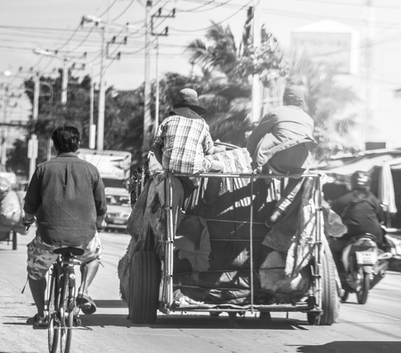 Cambodian logistics to sell the border market