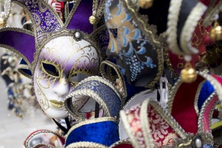 mascaras de carnaval: cl�sicas m�scaras de carnaval en Venecia Foto de archivo