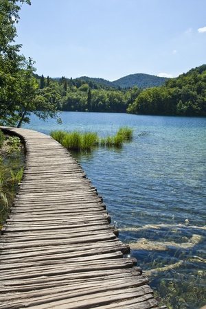 lagos: Ruta de acceso en los lagos de Plitvice, Croacia