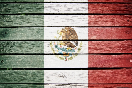 mexico, mexican flag painted on old wood plank background Stock fotó - 15306880
