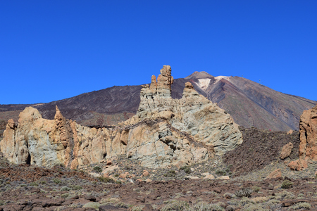 View of a lava field with Mount Teide in the background Imagens - 120847805