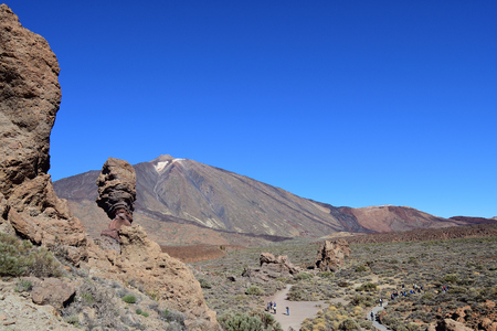 View of Roque Cinchado and Mount Teide in Teide national park in Tenerife Imagens