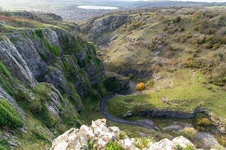 View from the top of Cheddar Gorge in Somerset. 版權商用圖片