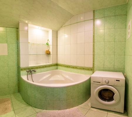 bathroom mirror: Contemporary bathroom interior, big bath