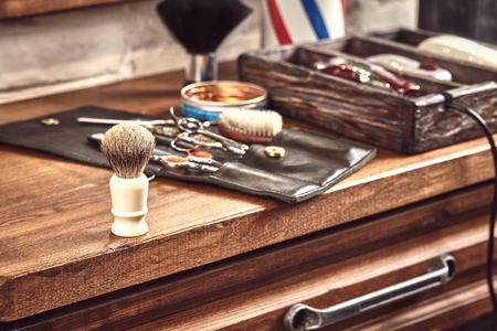 Hairdresser tools on wooden Stockfoto