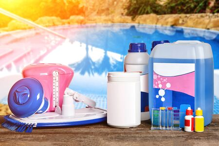 Equipment with chemical cleaning products and tools for the maintenance of the swimming pool.