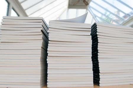 unifrom: Piles of books