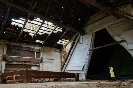 廃屋の遺棄されたインテリア 写真素材