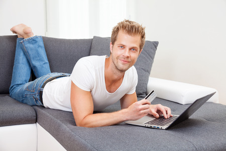 Doing the online shopping from the confort of your home photo