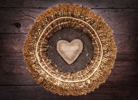 wooden basket: A single heart inside a wooden basket