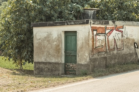 Abandoned little house in the Italian countryside (Pesaro, Italy, Europe)