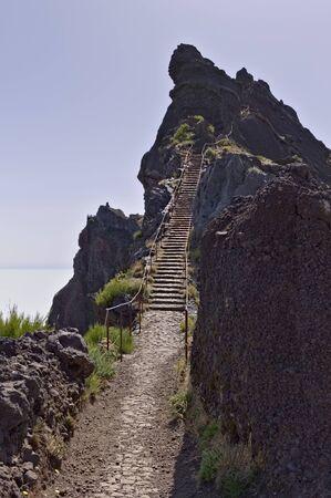 Panoramic view above clouds on 'Pico do Arieiro' (Sandbox Peak) - Stairs to heaven (Madeira, Portugal) Archivio Fotografico
