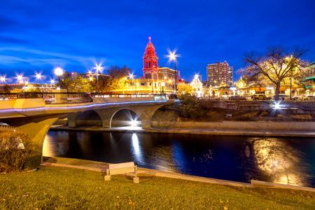 クリスマスの間にカンザス シティ カントリー クラブ プラザ周辺