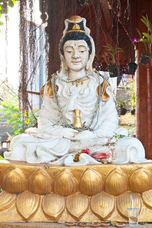 thaiart: thai art of lok mo lee temple