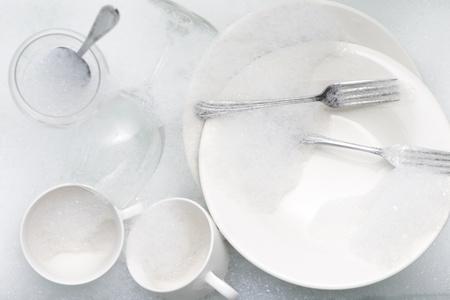 Washing Tableware