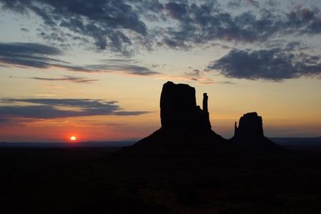 Sunrise at Monument Vally Stock Photo - 12990031