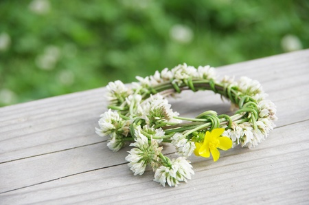 a wreath of white clovers photo