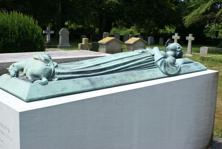 settler: Burial monument with the figure of a woman with a horse. Stock Photo
