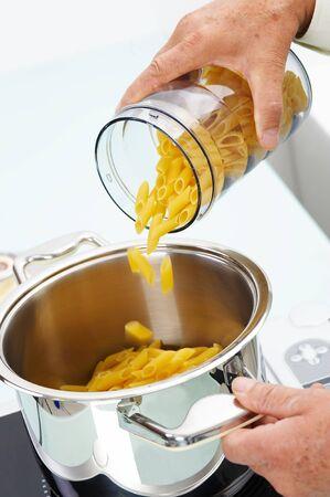 Preparing pasta for boiling Stock Photo - 3982784