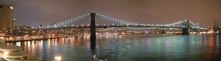 manhattans: Brooklyn Bridge by night - New York - Large Panorama.