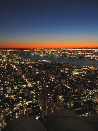 manhattans: View on the city by night from the  Empire State Building - New York. Stock Photo