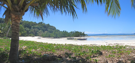 steely: Large view from a tropical beach - Nosy Iranja - Nosy Be island - Panoramique - Madagascar.