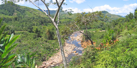 mounts: River with high mounts - Andapa - Marojejy park - Madagascar - Panoramique.