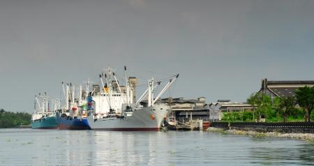 maneuvering: Manouvering container ship in bangkok thailand