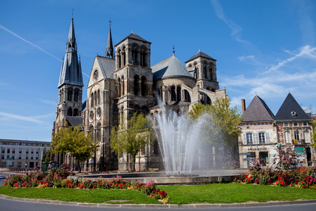 Chalons en Champagne cathedral with the fountain in front, summertime