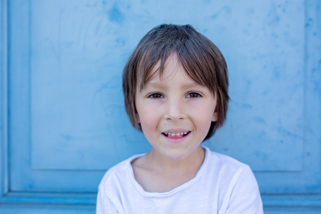 Cute preschool child Banque d'images - 118213437