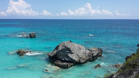 ocea: Photo taken at horse shoe bay Bermuda. A beautiful view atop the highest cliff.