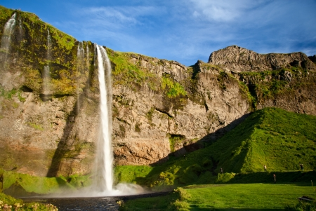 view of the Seljalandsfoss waterfall in Iceland 免版税图像