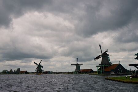 zaanse: Windmills of the Zaanse Schans, small town near Amsterdam