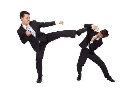 hiebe: Asian Gesch�ftsmann k�mpfen von Kung fu